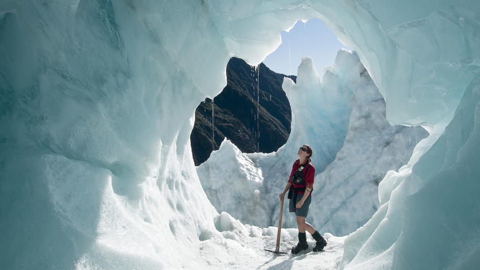 exploring-ice-caves